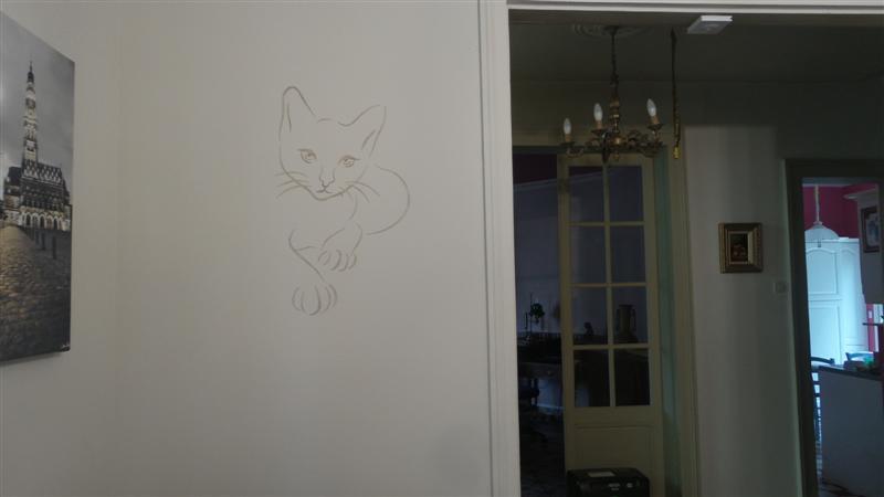 pochoir chat sur mur