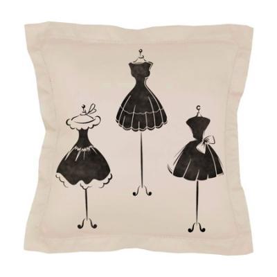 3 Petites robes noires