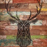 Tete de cerf peint sur palettes pochoir mon artisane